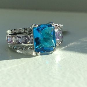 💙 Blue Topaz & Amethyst ring in 925 Sterling!💙
